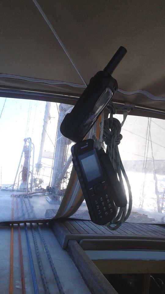 teléfonos satelite
